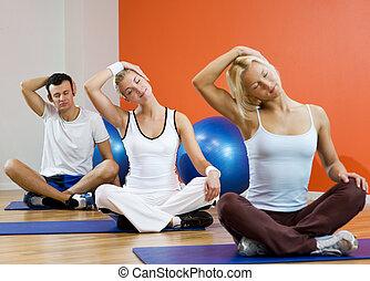 mujer, grupo, gente,  middle),  (focus,  yoga, ejercicio