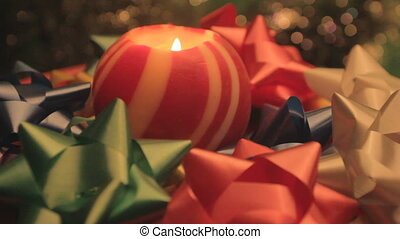 Christmas ball candle and bows - revolving Christmas ball...