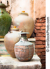 Old pots - Collection of vintage urns and pots in a...