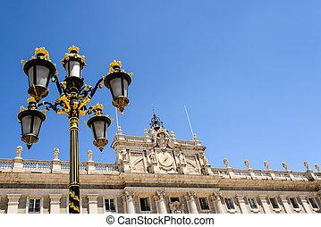 palace lamppost