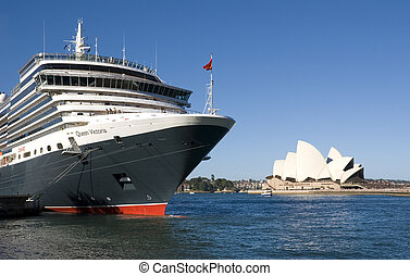 Queen Victoria Cruise Ship Sydney harbor - Cruise ship Queen...