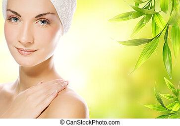 bonito, jovem, mulher, aplicando, orgânica,...