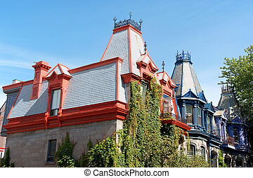 Victorian houses in Montreal - Colorful victorian houses in...
