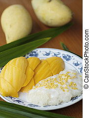 Mango sticky rice1 - This is famous popular and delicious...