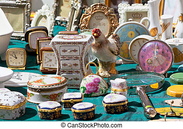 Porcelain at a flea market - Antique porcelain at a flea...