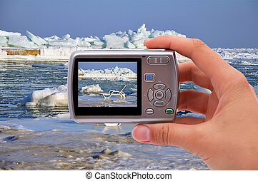 camera photographing chaise longue - digital camera...