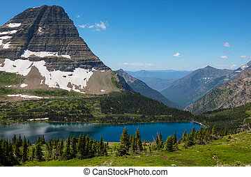Glacier National Park - Hidden Lake in Glacier National...