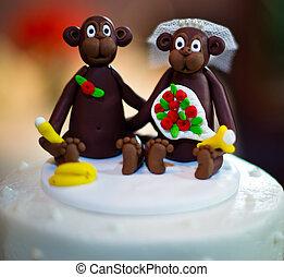 Wedding Cake with Monkey Toppers - monkey bride and groom...