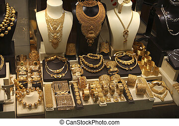 Gold and more gold - Have you ever seen so much Gold...