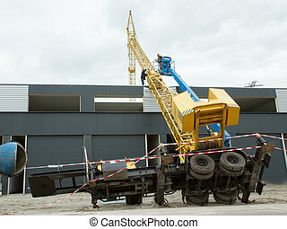 Collapsed mobile tower crane Holland -...
