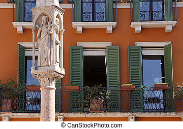 Old Market column in Verona - Old Market column at the...