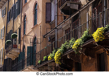 Old town houses in Verona - Old town houses at the Piazza...