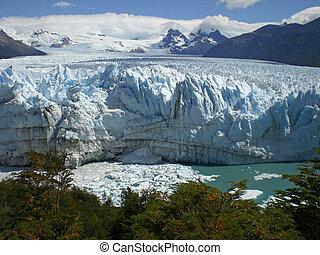 The Perito Moreno Glacier in Patagonia, Argentina. Lake...