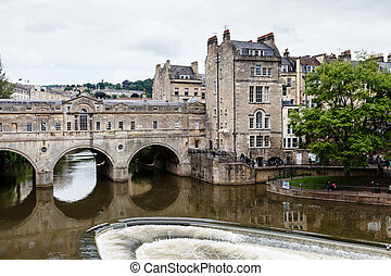 Pulteney Bridge, Bath, Somerset, England, UK