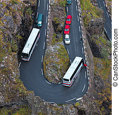 Jam on a mountain road Due to malfunction of the bus