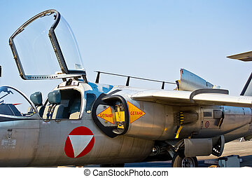 side view of military jet airplane