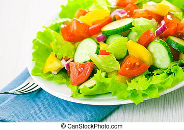 fresh vegetable salad on plate