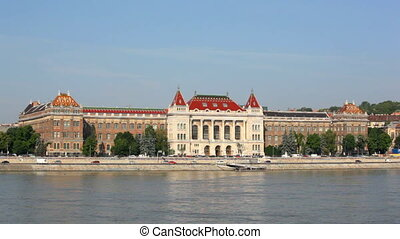 Hungary, Budapest, view of Danube and swimming bath