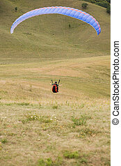 Ride the winds. - Ride the winds, paragliders having fun...