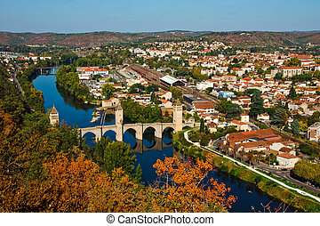 View from above to Pont Valentre - Autumn view from above to...
