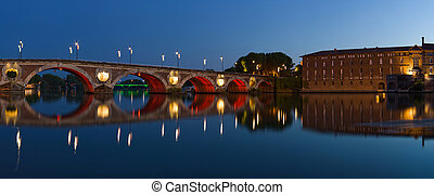 Panorama of Toulouse city center: New Bridge (Pont Neuf) and...