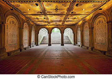 Lower Passage of Bethesda Terrace - Image of Lower Passage...