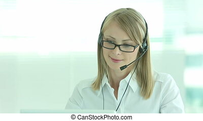 Professional operator - Helpdesk operator being ready to...
