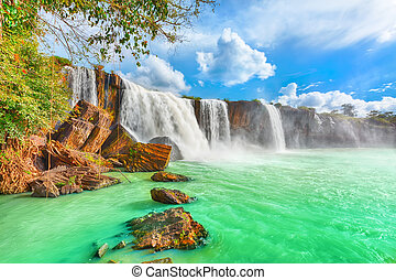Dry Nur waterfall - Beautiful Dry Nur waterfall in Vietnam.