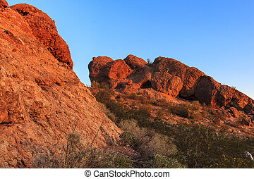 Papago Park - The sandstone buttes of Papago Park in...