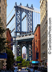 Street view of Manhattan Bridge - Manhattan Bridge and...