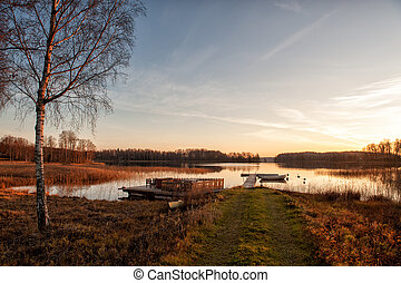 Glorious autumn morning in Sweden - Autumn morning by a lake...