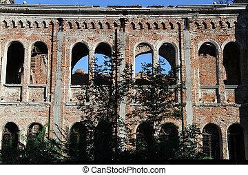 Inside ruined sinagogue