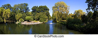 Regent's Park Panorama - A panorama shot of Regent's Park in...