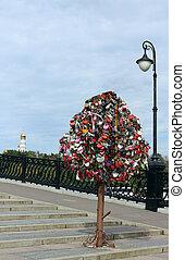 Tree of Love, Luzhkov Bridge, Moscow, Russia - Tree of Love,...