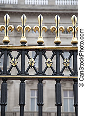 Railings of Buckingham Palace, London, England, UK