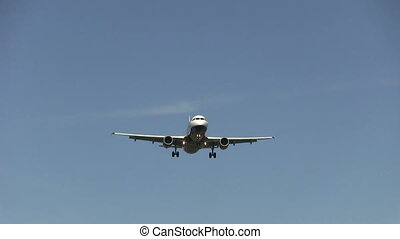 Airplane flying overhead - This is high quality plane...