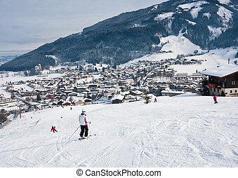 Ski resort Kaprun - Maiskogel. Austria