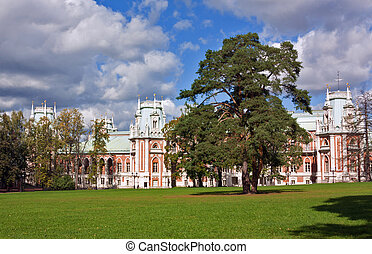 Tsaritsyno Park,Moscow - The main palace in Tsaritsyno in...