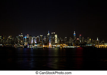 NY skyline at night