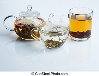 Different sorts of tea - black, green and white
