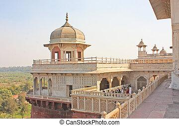 Gallery of pillars at Agra Fort. Agra, Uttar Pradesh, India