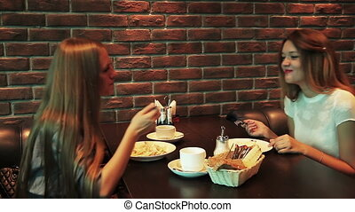 girls eating