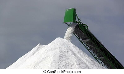 Extraction of salt, conveyor closeup