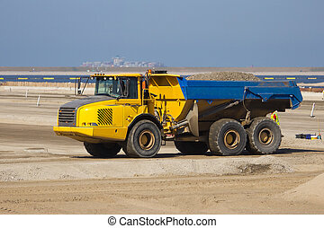 Dumptruck Rotterdam - Dumptruck at a construction site in...
