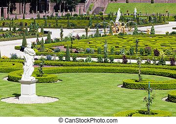 Paleis het Loo garden - Palace 'het Loo' garden. Apeldoorn,...
