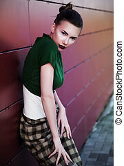 Passage cute fashion model brunette in town posing -...