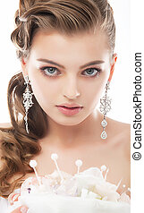 Beauty - fashionable bride face close up portrait -...
