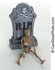 Halloween Tombstone and Skulls Decoration - Rest in peace...