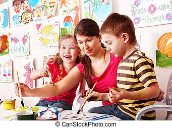 crianças, professor, desenhar, tintas, jogo, sala