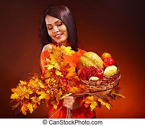 mujer, tenencia, otoño, cesta